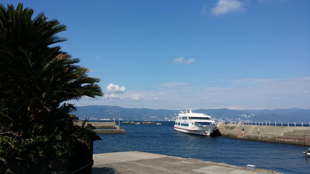 """""""場所""""のご紹介静岡県で唯一の有人島、初島はなんと7000年の歴史をもつ持続可能な島"""