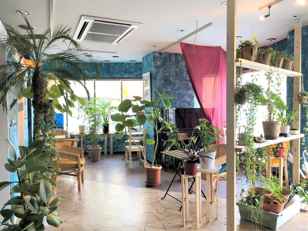 熱海のうち・外をつなぐ交流拠点・マリンスクエアcafeが12月4日にオープンします